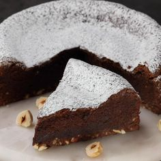 """This is """"Torta alla Nutella 3 ingredienti"""" by Al.ta Cucina on Vimeo, the home for high quality videos and the people who love them. Easy Cake Recipes, Sweet Recipes, Dessert Recipes, Cooking Cake, Tasty, Yummy Food, Food Cakes, Savoury Cake, Food And Drink"""