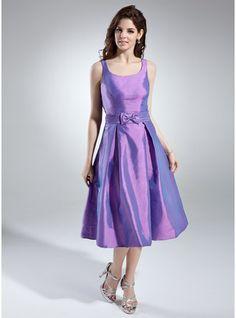 A-Line/Princess Scoop Neck Knee-Length Taffeta Homecoming Dress With Ruffle