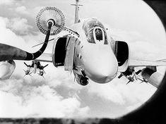 F4 Phantom refueling in flight