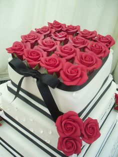 Square cake with red roses