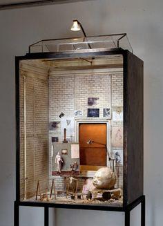 'Sculpteur de nourissons' by Charles Matton