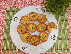 Mini Quiches, Mini Pizzas, Lunch Buffet, Canapes, Empanadas, Baked Potato, Healthy Eating, Healthy Food, Food And Drink