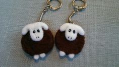 Needlefelt sheep keyrings