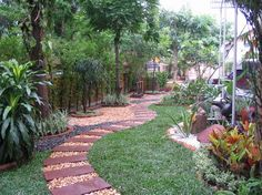 i like this walkway in the garden