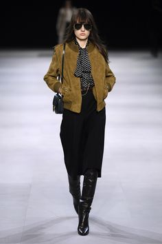Celine's Fall 2019 Collection at Paris Fashion Week 60 Fashion, Paris Fashion, Fashion News, Runway Fashion, Fashion Outfits, Womens Fashion, Fashion Trends, Fashion Stores, Fall Fashion
