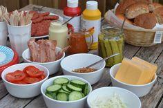hamburger buffet - build your own #burgerparty #burgerbuffet