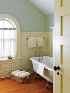 Clever Bathroom Ideas to Try Now - Town & Country Living Vintage Bathroom with Bead Board Half Walls Bathroom Windows, Bathroom Wall, Bathroom Interior, Small Bathroom, Bead Board Bathroom, Bead Board Walls, Master Bathrooms, Small Country Bathrooms, Cottage Style Bathrooms
