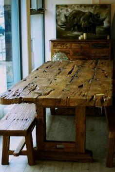 Tisch aus einem alten Eisenbahnbrückenpfeiler, das Exklusive Unikat mit 2 Bänken Teak, Dining Table, Rustic, Furniture, Home Decor, Bali Furniture, Indoor, Dinner Table, Living Room