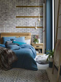 Multipliez les tapis dans la chambre pour une ambiance plus cosy