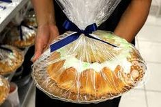 Resultado de imagem para como embalar bolo caseiro