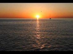 ▶ Candilejas - Roberto Carlos - YouTube