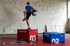 Escape Fitness provides plyometric training equipment and functional training exercise accessories for group training, and athletic training facilities.