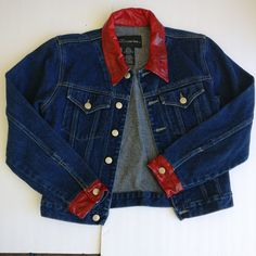 6494e05d9f93f9 AMAZING vintage denim jacket with a red