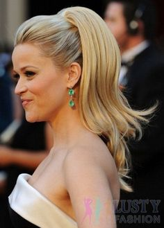 high ponytail hairstyles for prom http://www.lustyfashion.com/super-sexy-prom-hairstyles-for-amateur-prom-girls-of-2013/
