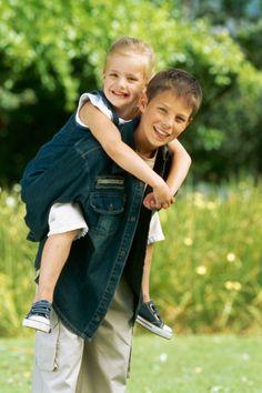 Speech delays and talkative older siblings