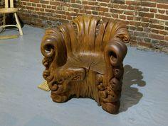 une incroyable chaise sculptée dans un tronc  2Tout2Rien