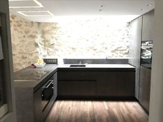 Kitchen design by Raphael Montagnani