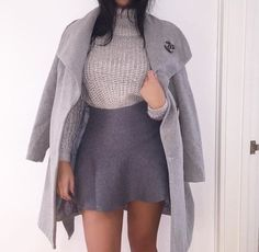 Do you like her outfit? #lookbook #ootd - http://ift.tt/1HQJd81