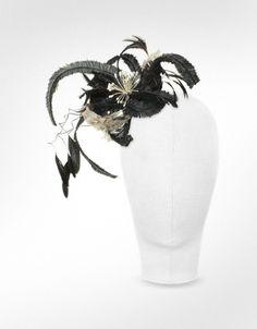 Nana' Cilla - Black and White Flower Comb