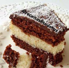 Receita de bolo fitness de prestígio em camadas sem glúten e sem lactose! Conheça esta saborosa receita! Confira outras receitas deliciosas em: https://www.emporioecco.com.br/blog/receitas/