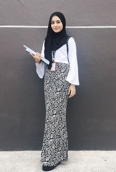 Very nice Kebaya Hijab, Kebaya Muslim, Hijab Dress, Hijab Outfit, Graduation Dress College, Model Kebaya, Hijab Wedding Dresses, Fashion Terms, Hijab Fashion Inspiration