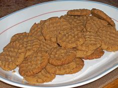 Make and share this Easy Peanut Butter Cookies recipe from Food.com.