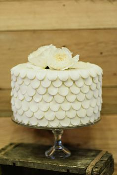 scalloped wedding cake, photo by Blush Photography http://ruffledblog.com/sundance-resort-wedding #weddingcake #cakes