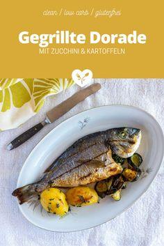 Eine Hommage an unseren Portugal Urlaub, wo gegrillter Fisch mit Gemüse und Olivenöl zur Tagesordnung gehört. Diese ganze Dorade (Goldbrasse) vom Grill ist super einfach und schnell gemacht und zudem äußerst schmackhaft & gesund...  #fisch #grillen #ganzerfisch #dorade #goldbrasse #mittelmeer #zucchini #kartoffeln #rezept #grillrezepte #gesund #cleaneating Zucchini, Food Styling, Low Carb Recipes, Food Photography, Pork, Beef, Healthy, Portugal, Grilled Fish