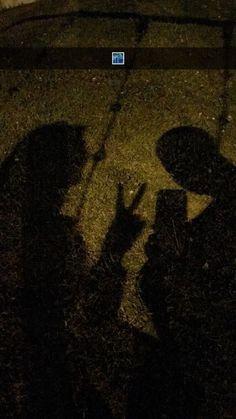 Shadow Photography, Boy Photography Poses, Tumblr Photography, Couple Poses Drawing, Couple Posing, Boy Best Friend, Best Friend Goals, Cute Couple Pictures, Friend Pictures