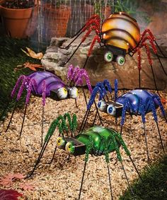 Spider Solar-Powered Statue Set #zulily #zulilyfinds