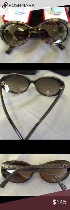 Authentic Cristian Dior sunglasses Christian Dior Sunglasses Christian Dior Accessories Sunglasses