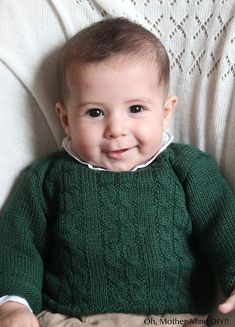 Tutorial y patrones gratis Jersey de ochos para bebé Baby Boy Knitting, Knitting For Kids, Crochet For Kids, Knitting Socks, Knitting Stitches, Crochet Baby, Knit Baby Sweaters, Knitted Baby Clothes, Knitted Booties