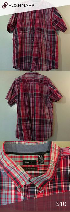 Xxl Van Heusen shirt Mint condition men's button down Van Heusen Shirts Casual Button Down Shirts