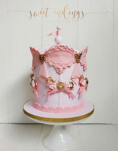 Carousel Cake, Carousel Party, Cake Structure, Horse Cake, Big Cakes, Bday Girl, Novelty Cakes, Cake Creations, Cakes And More