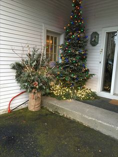 Winter is identical with welcoming Christmas. That's reason the winter front porch is usually filled with various Christmas decorations. Winter decorations are Christmas Front Doors, Christmas Porch, Christmas Time Is Here, All Things Christmas, Christmas Holiday, Outside Decorations, Country Christmas Decorations, Xmas Decorations, Back Porch Designs