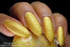 "Sassy Paints: @Zoya Zinger Nail Polish Summer #PixieDust ""Solange"" #zoyanailpolish"