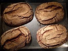 Strong sourdough bread from rye wholemeal flour after an ancient Hessian orang . - Papa backt und kocht - Make Bread Sourdough Recipes, Sourdough Bread, Bread Recipes, Savoury Baking, Bread Baking, German Bread, Pain Au Levain, Rustic Bread, Bread Rolls