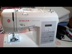 Aula de manuseio da máquina Singer Facilita Super - YouTube