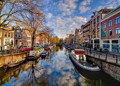 32. Seventeenth-century canal ring area of Amsterdam inside the Singelgracht - The Netherlands