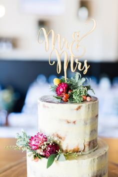 cake topper: Photography : Kibogo Photography Read More on SMP. Mr Mrs Cake Toppers, Gold Cake Topper, Rustic Cake Toppers, Vintage Cake Toppers, Wedding Cake Fresh Flowers, Wedding Reception Flowers, Wedding Bells, Wedding Dresses, Our Wedding