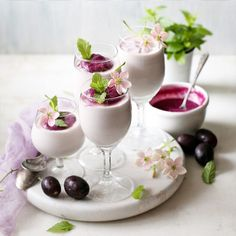 When Jamuns {wild Indian Java plums} are in season, a Jamun Mousse is always on the cards. Jamuns are an acquired taste because of their astringent edge, so the Jamun mousse also carries a hint of the edge. If you enjoy Jamuns, you will enjoy this. The secret to a smooth mousse is a smooth fruit puree.