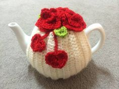 I Heart Red Roses Crochet Cozy - Roses And Teacups