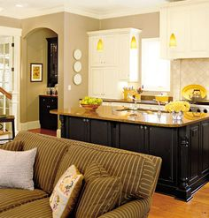 Kitchen Living Room Designs On Bine Two Spaces the Concept Of Kitchen and Living Room Combined. Living Room And Kitchen Design, Interior Design Kitchen, Living Room Designs, Interior Modern, Kitchen Designs, Modern Decor, Small Dining, New Kitchen, Kitchen Ideas