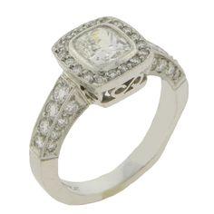 Cushion Diamond Engagement Ring | Goldstock Jewelers