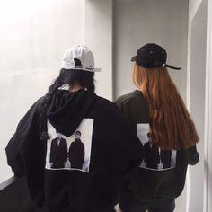 Imagen de alternative, asian, and asian fashion Grunge Style, Soft Grunge, Korean Couple, Korean Girl, Asian Girl, Ulzzang Korea, Korean Ulzzang, Couple Ulzzang, Ulzzang Girl