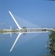 Santiago Calatrava - Alamillo Bridge and Cartuja Viaduct Seville Spain Bridges Architecture, Architecture Design, Santiago Calatrava, Asphalt Road, Sevilla Spain, Bridge Design, Adaptive Reuse, Zaha Hadid, Around The Worlds