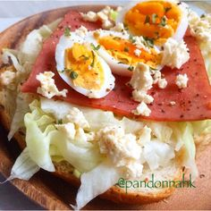 Treat yourself to a healthy start! That's the best way to say good morning!  早餐很重要喔!是跟自己說早安最棒的方式!  #breakfast, #cooking, #homemade, #igpic, #igdaily, #igfood, #igpost, #instalike, #instagood, #instapic, #instadaily, #instafood, #food, #foodie, #foodporn, #foodstagram, #hkig, #nom, #yummy, #早午餐,#早餐, #相機食先, #自家, #好吃, #健康、#美味しい、#手作り ,#日常, #朝食,