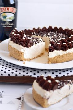Sprinkles Dress: Baileys cheesecake - la cheesecake senza cottura perfetta Delicious Cookie Recipes, Yummy Cookies, Cake Cookies, Dessert Recipes, Baileys Cheesecake, Cheesecake Cupcakes, Small Desserts, Pastry Cake, Food 52