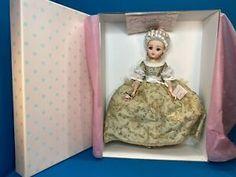 Madame Pompadour, Inside The Box, Madame Alexander, French, Dolls, Summer, Ebay, Baby Dolls, Summer Time