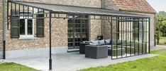 Smeedijzeren of stalen terrasoverkappingen - De nieuwe smid Porch And Balcony, Backyard Pergola, Glass Roof, Glass House, Front Porch, New Homes, Castle, Home And Garden, Cottage